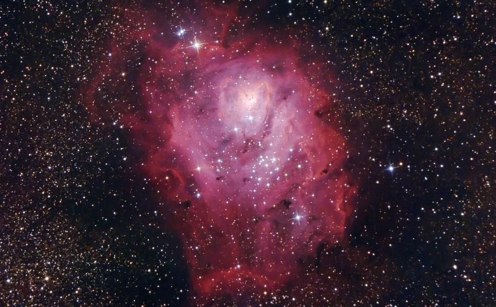 Lagoon Nebula Facts (Messier 8/NGC 6523)